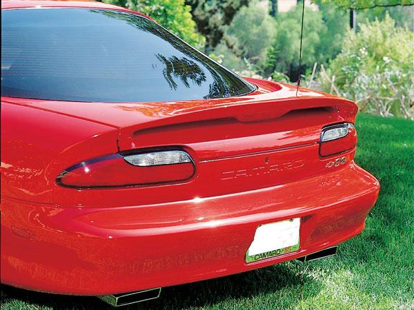 RKSport 01011040 | Camaro SS Style Spoiler w/o light V8 / V6; 1993-1997