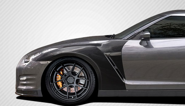 Carbon Creations 109064 | Nissan GT-R R35 Carbon Creations OEM Fenders 4-Piece; 2009-2016