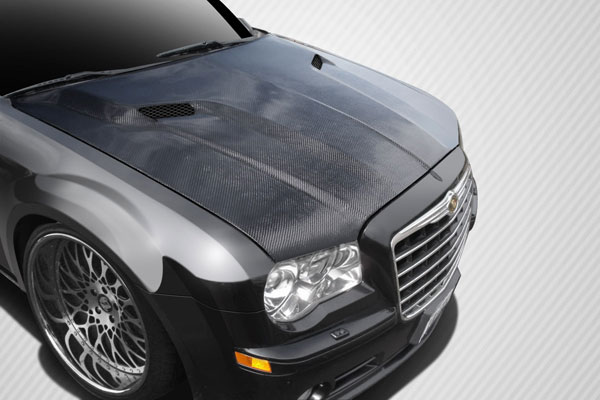 Carbon Creations 112476 | Chrysler 300 300C Carbon Creations Challenger Hood 1-Piece; 2005-2010