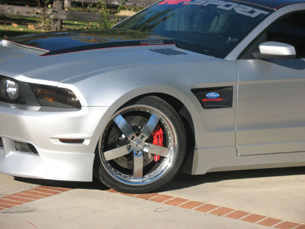 RKSport 18014028:  Mustang Carbon Inlay Fender (LEFT SIDE) 2010-2011 V8