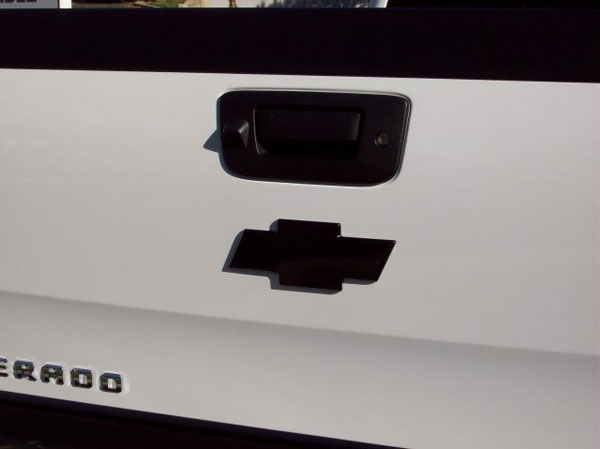 Empire 261RB:  07-up Silverado 1500/2500HD/3500HD & Avalanche Rear Bowtie Emblem Smoothie - Black