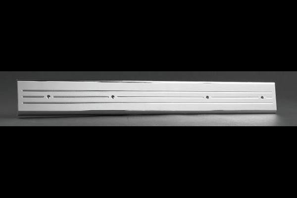 Empire 357XLP:  07-up /GMC Full-size Trucks/SUVs Extended Cab Front Door Sill Plates with Machined Lines