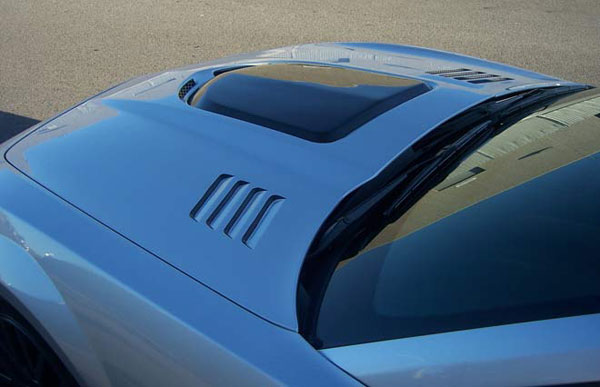 RKSport 40011111 | Camaro V8 Heat Extractor Hood - Fiberglass with Black Carbon Fiber Center; 2010-2013