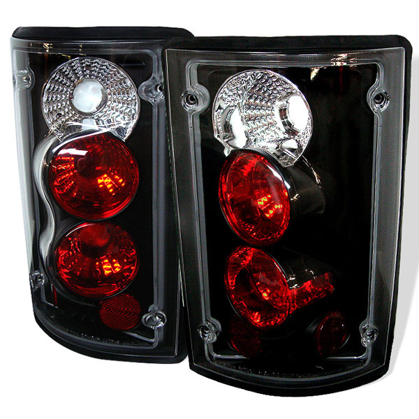 Spyder 5002914:  Ford Econoline Van 150/250/350/450/550 95-06 Altezza Tail Lights - Black  - (ALT-YD-FEC00-BK)