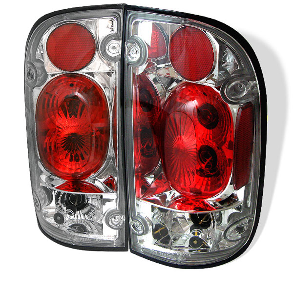 Spyder (5007841)  Toyota Tacoma 01-04 Tail Lights - Chrome  - (ALT-YD-TT01-C)