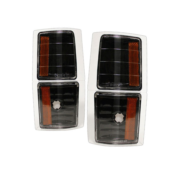 xTune CCL-CCK88-BK-AM |  Chevrolet C/K Pickup 94-98 Amber Corner Lights 4 PCS - Black