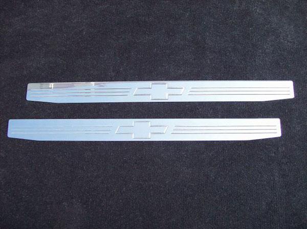 Empire CM357BP |  Camaro 2010-11 - 2011 Door Sill Plates with Bowtie Emblem (pair) - Polished