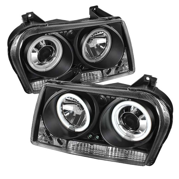 Spyder PRO-YD-C305-CCFL-BK:  Chrysler 300 05-08 ( Dual Turn Signal Bulbs ) CCFL LED ( Replaceable LEDs ) Projector Headlights - Black