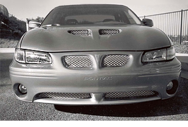 Street Scene SS-95077901 |  Original Brushed Style Main Grille Four-Piece Kit; 1997-2008