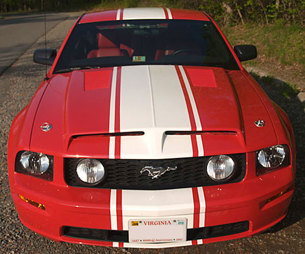 Trufiber TF10024-A44 | Mustang GTS-3 Ram Air Hood Mustang V8; 2005-2009