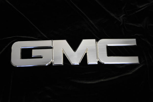 T-Rex 19205:  GMC Sierra 1500 & 2500HD, 3500 2007 - 2012 Universal Billet Aluminum GMC logo - Polished Finish