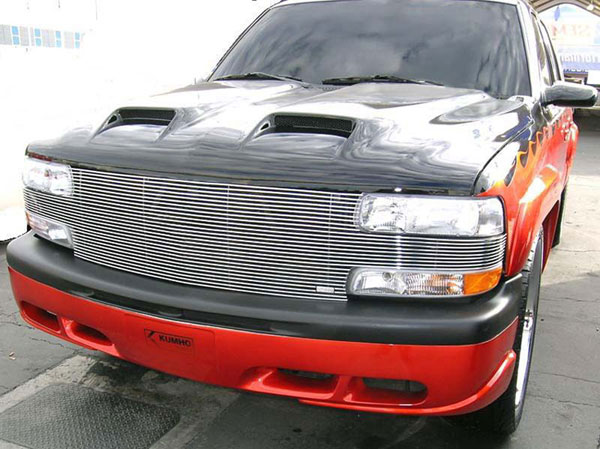 T-Rex 20081:  Chevrolet Silverado HD 2001 - 2002 ''Full Face'' Billet - Replaces Factory Grille Shell (31 Bars)