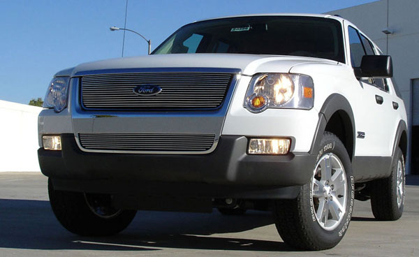 T-Rex (21659)  Ford Explorer XLT & Limited 2006 - 2010 Billet Grille Overlay/Bolt On