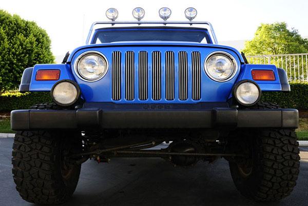 T-Rex 30490    Jeep Wrangler - VERTICAL Billet Grille Insert - 7 Pc; 1997-2006