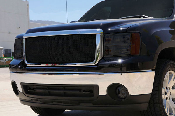 T-Rex 46205:  GMC Sierra 1500 2007 - 2012 Sport Series Formed Mesh Grille - ALL Black Powdercoat