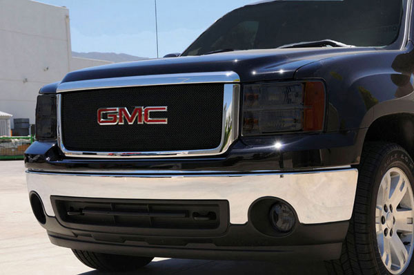 T-Rex 46207:  GMC Sierra 2500HD, 3500 2007 - 2010 Sport Series Formed Mesh Grille - ALL Black Powdercoat - w/ Logo Opening