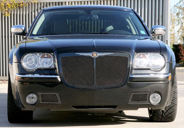 T-Rex 51479 |  Chrysler 300 (All) - Upper Class Mesh Grille - All Black - Bentley Style w/ Center Vertical Bar; 2005-2010