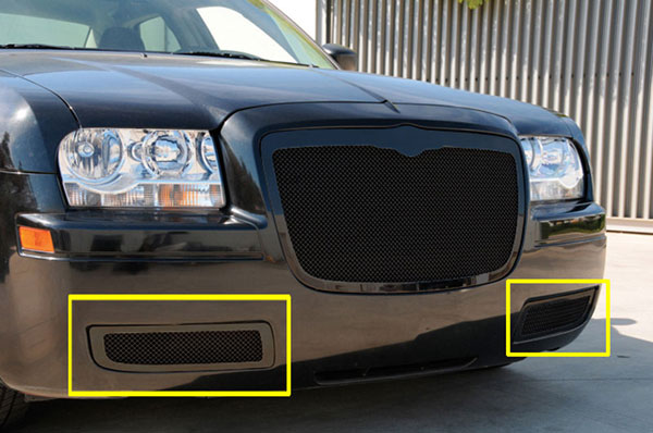 T-Rex 52472 |  Chrysler 300 without factory fog lights - Upper Class Mesh Bumper - 300 w/o factory fogs - All Black; 2005-2010