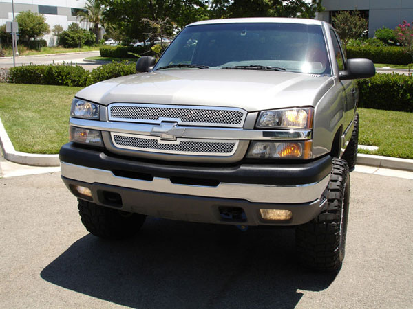 T-Rex 54100 |  Chevrolet Silverado (All Models Except HD) - Upper Class Polished Stainless Mesh Grille - 2 Pc Style; 2003-2005