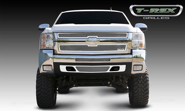 T-Rex (54112)  Chevrolet Silverado HD 2007 - 2010 Upper Class Polished Stainless Mesh Grille - 2 Pc Style