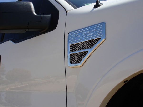 T-Rex 54562:  Ford Super Duty Exc. 04-08 F150 1999 - 2008 Side Vent - Billet Chrome Plated - Universal Fender Mount - 08 F250 Style