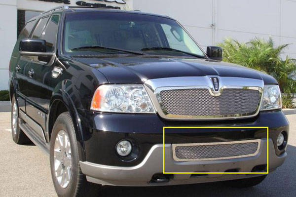 T-Rex (55695)  Lincoln Navigator 2003 - 2004 Upper Class Polished Stainless Bumper Mesh Grille