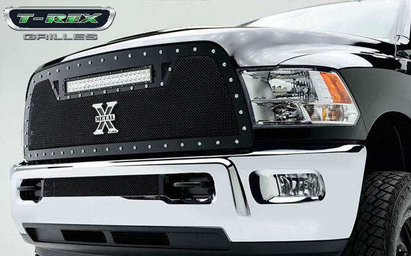 T-Rex (6314521)  2013 Dodge Ram PU 2500 TORCH Series LED Light Grille Single 1 - 20'' Light Bar (For off-road use only)