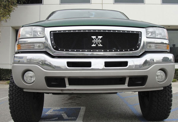T-Rex 6712001 |  GMC Sierra (All Models except C3) 2003 - 2006 X-METAL Series - Studded Main Grille - ALL Black