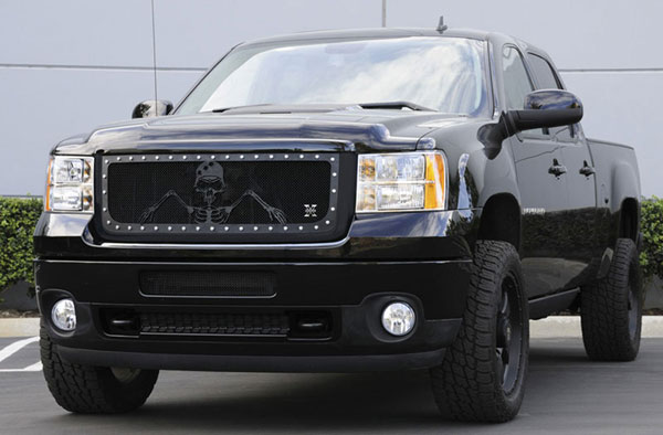 T-Rex 7112096:  GMC Sierra 2500HD, 3500 2011 - 2011 URBAN ASSAULT ''GRUNT'' - Studded Main Grille w/ Soldier - Black OPS Flat Black