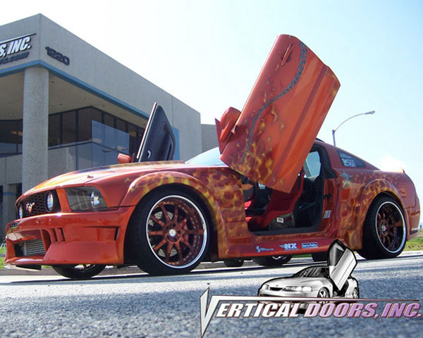 Vertical Doors VDCFM0508: Veritcal Doors FORD MUSTANG 2005-2010