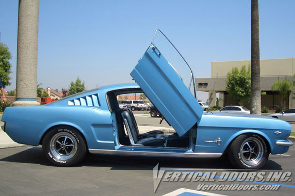 Vertical Doors VDCFM6768: Veritcal Doors FORD MUSTANG 1967-1968