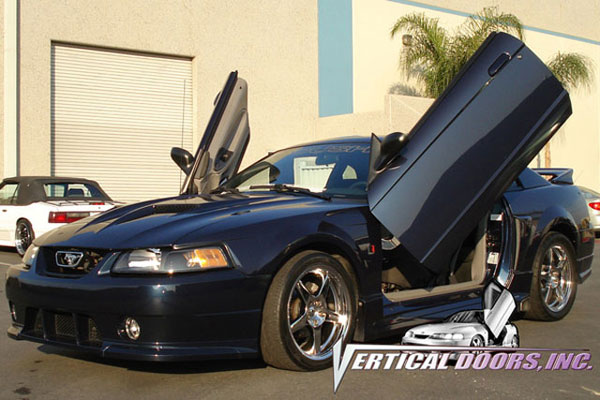 Vertical Doors VDCFM9904: Veritcal Doors FORD MUSTANG 1999-2004