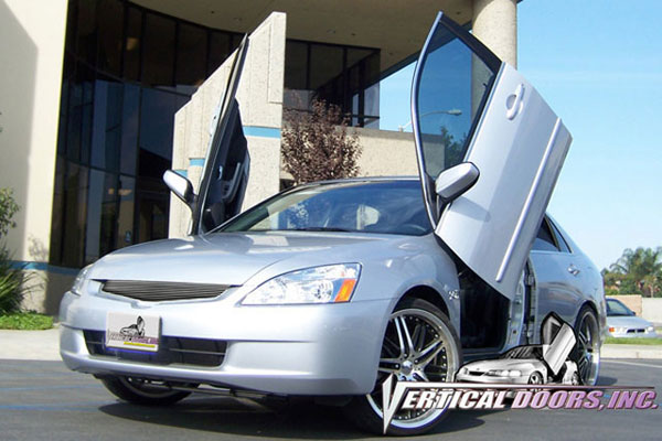 Vertical Doors VDCHA0307:  HONDA ACCORD 2003-2007 4DR