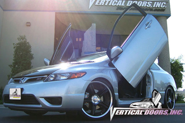 Vertical Doors VDCHC06082D:  HONDA CIVIC 2006-2008 2DR