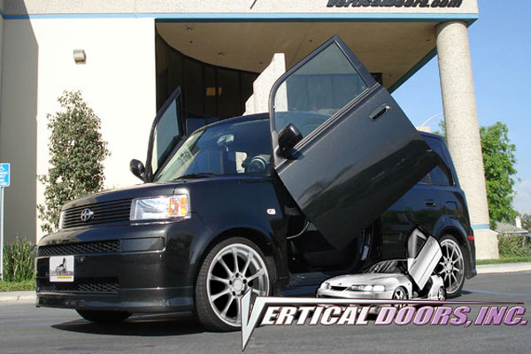 Vertical Doors VDCSCXB0406 | SCION XB; 2004-2006